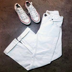 《Free People》 White Slim Straight Leg Jeans